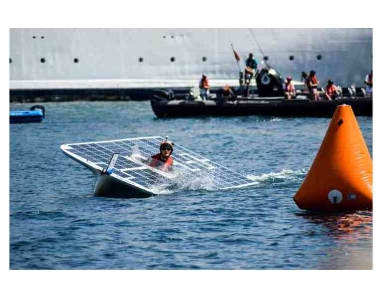 De belles journées ensoleillées pour l'équipe TU Delft Solar Boat !